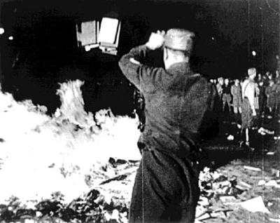1933 nazi berlin book burning